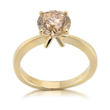 טבעת אירוסין - טבעת יהלומים - דגם זהב צהוב עם יהלום שמפיין