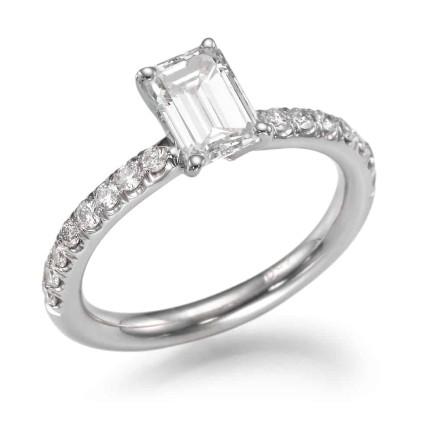 טבעת אירוסין - טבעת יהלומים - דגם אמרלד