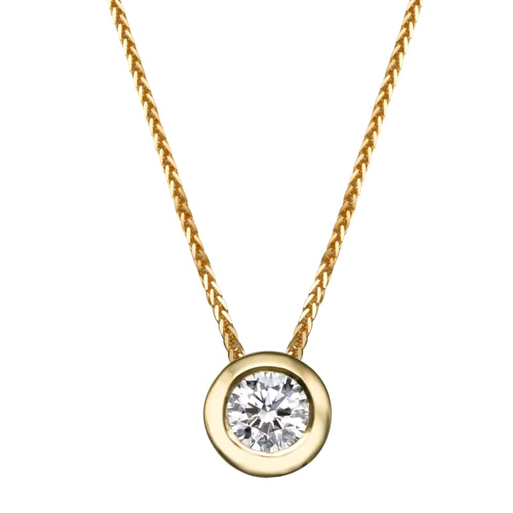 תליון יהלום - שרשרת משובצת יהלום מרכזי