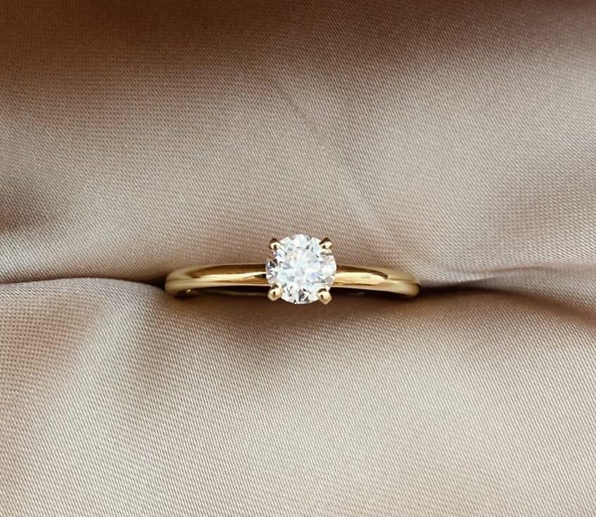טבעת אירוסין צינור זהב צהוב