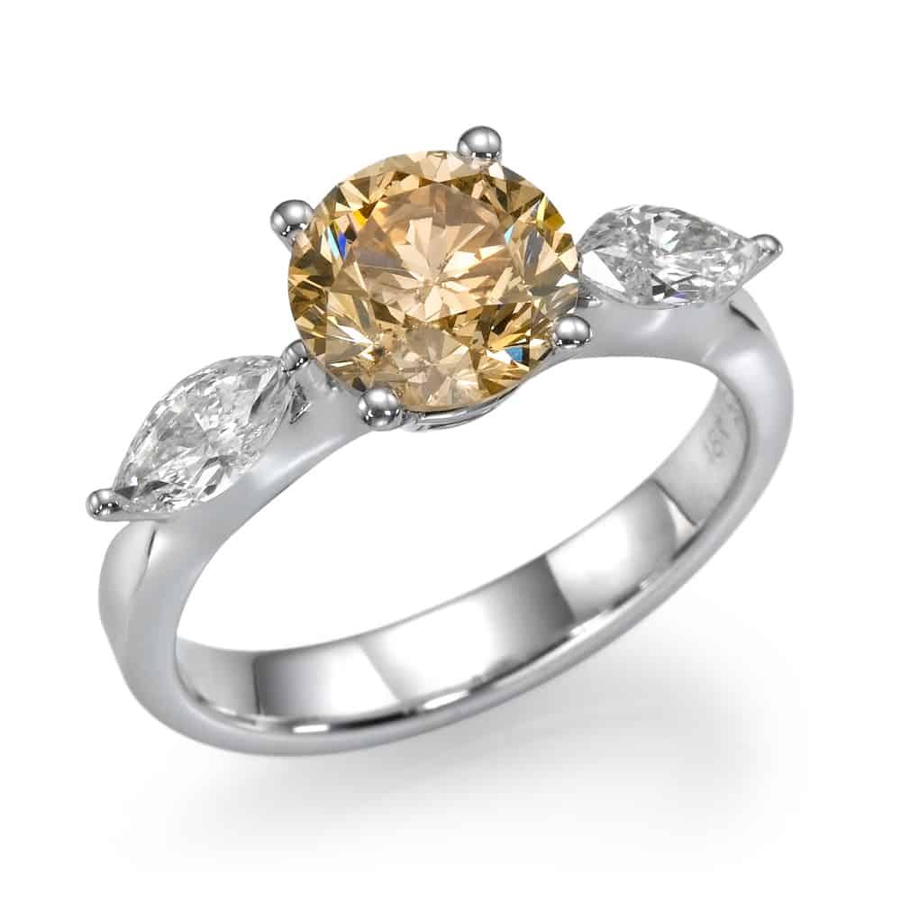 טבעת אירוסין שמפיין ומרקיזות