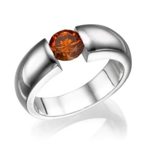 טבעת אירוסין - טבעת יהלומים - דגם טבעת פנסי שיבוץ לחץ