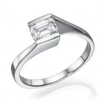 טבעת אירוסין - טבעת יהלומים - דגם אמרלד צידי