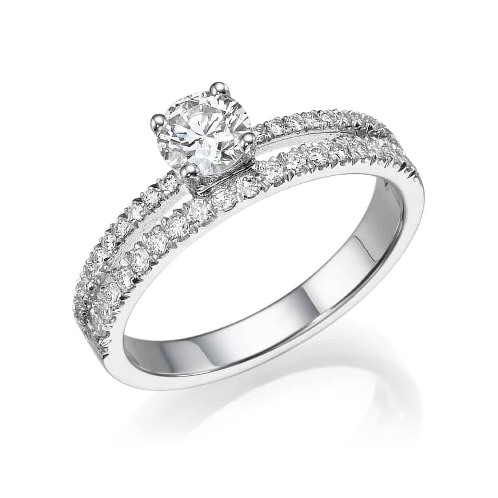 טבעת אירוסין כפולה בלבן