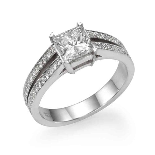 טבעת יהלומים מדגם לירון