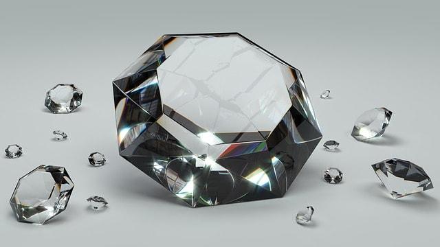יהלומים בכל מיני צורות
