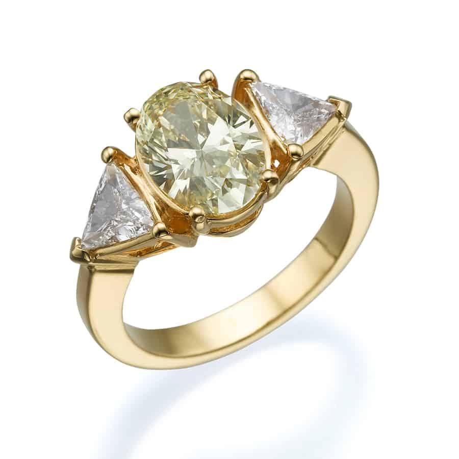 טבעת אירוסין טרי סטון אובל