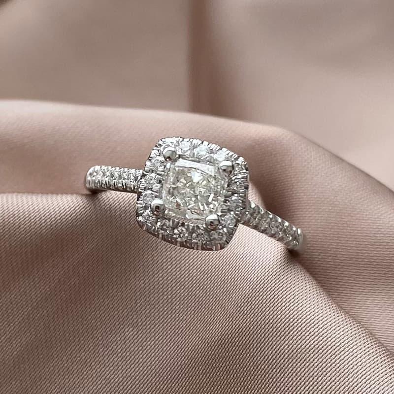 טבעת יהלום בחיתוך רדיאנט